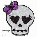 Embroided patch: heart-eyed Skull